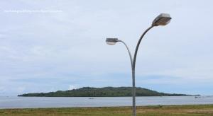 Pulau Karampuang Tampak dari Kota Mamuju